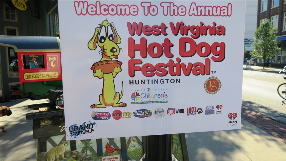 2015 07 25 5 Huntington WV Hot Dog Festival.jpg