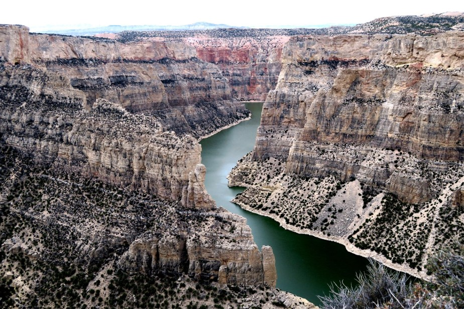 Wyoming – National Parks Road Trip – Day 7 – Bighorn Canyon, Legend Rock Petroglyphs andThermopolis