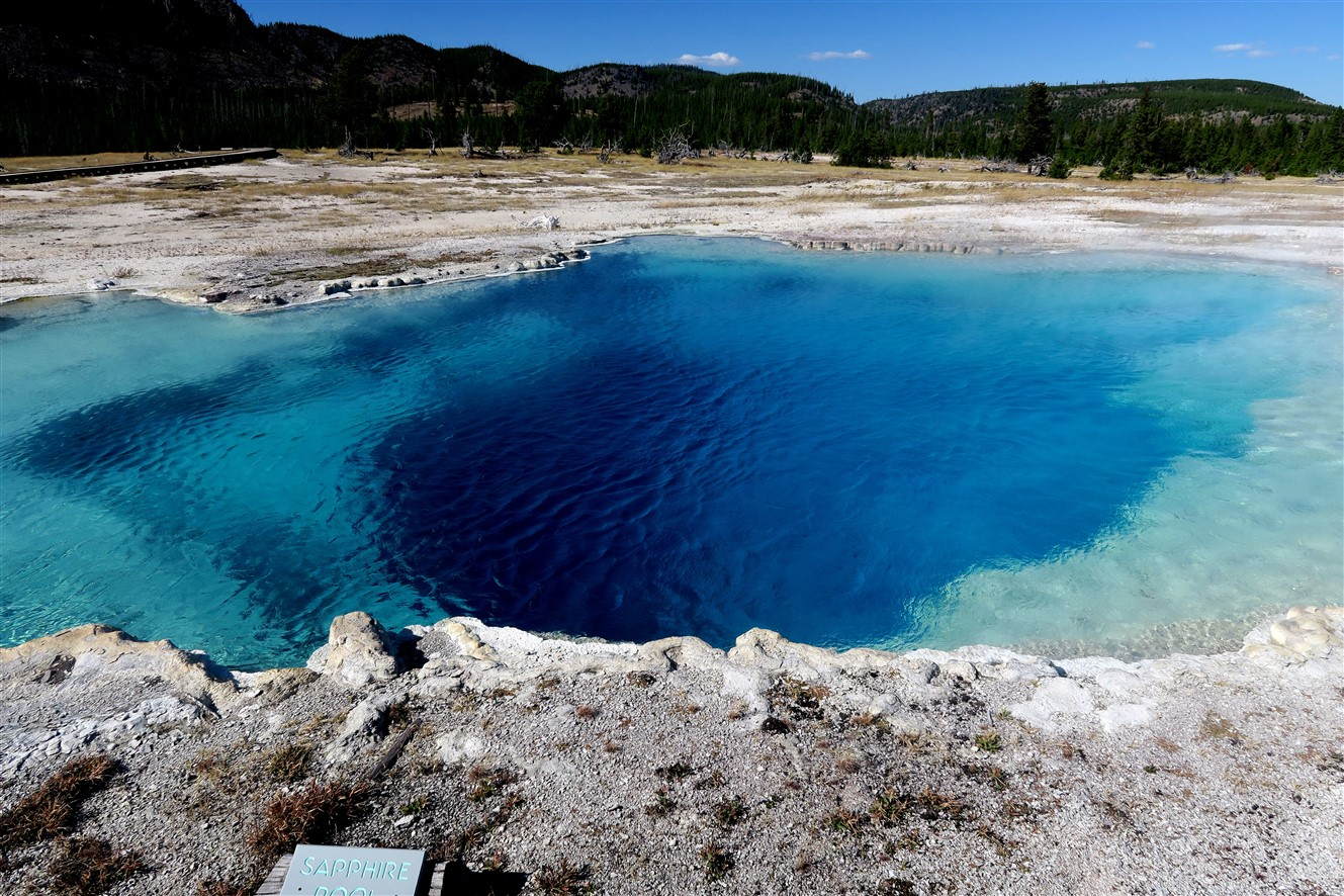 2015 09 12 142 Yellowstone National Park WY.jpg