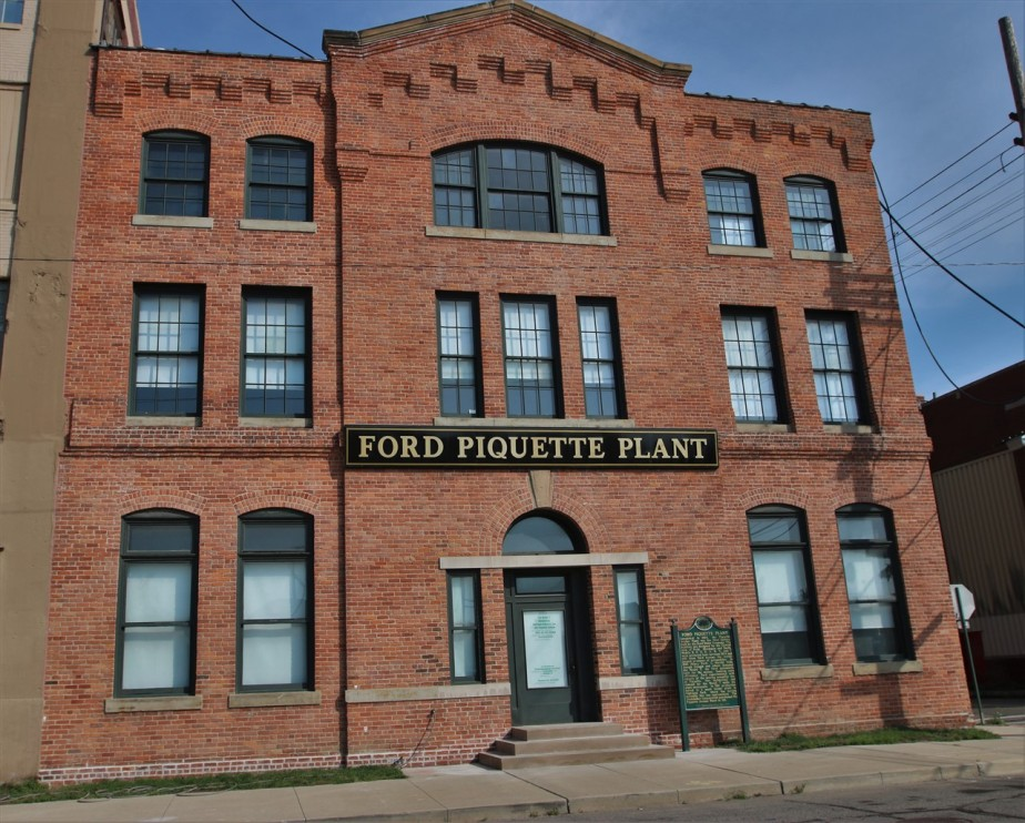 2016 08 20 1 Detroit Piquette Avenue Model T Factory.jpg
