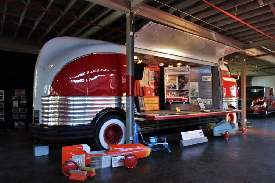 2016 08 21 44 Auburn IN National Auto & Truck Museum.jpg