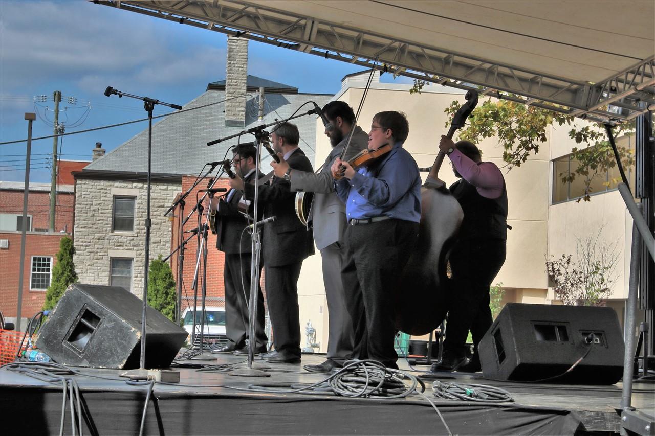 2016 09 24 33 Newark OH Bluegrass Festival.jpg