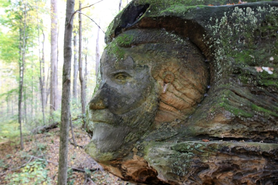 2016 10 29 62 Hinkley OH Worden Ledges & Carvings.jpg