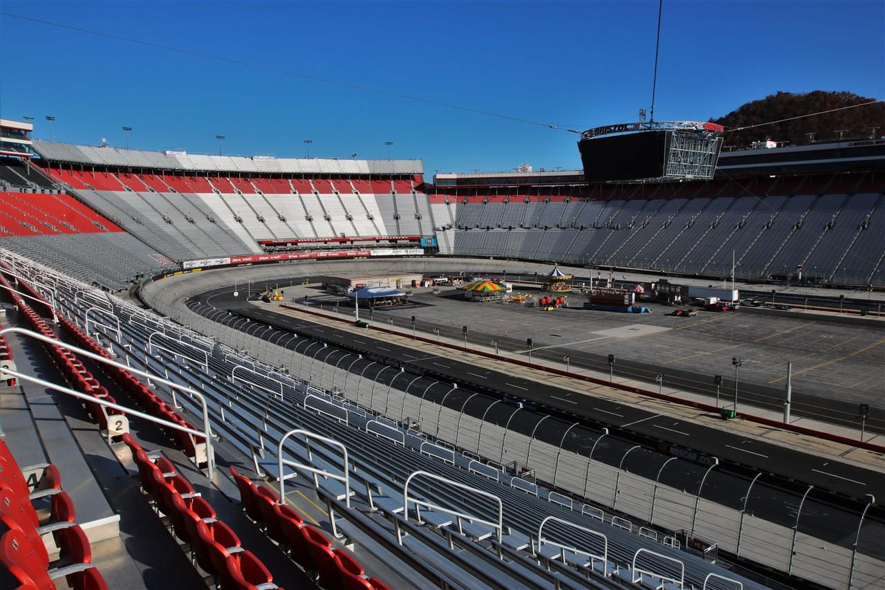 2016 11 12 53 Bristol TN VA Speedway.jpg