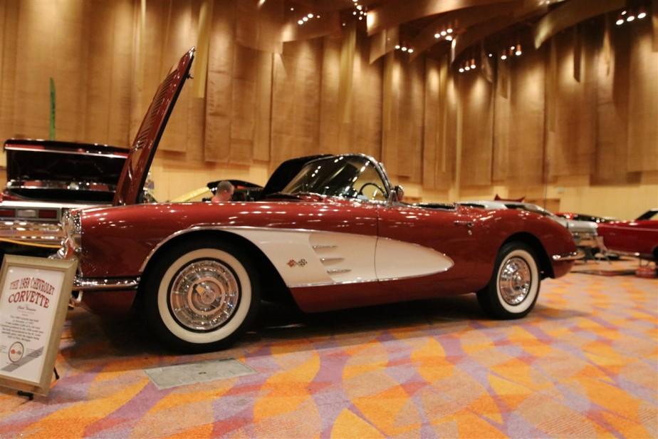 2017 01 08 74 Cincinnati Custom Car Show.jpg
