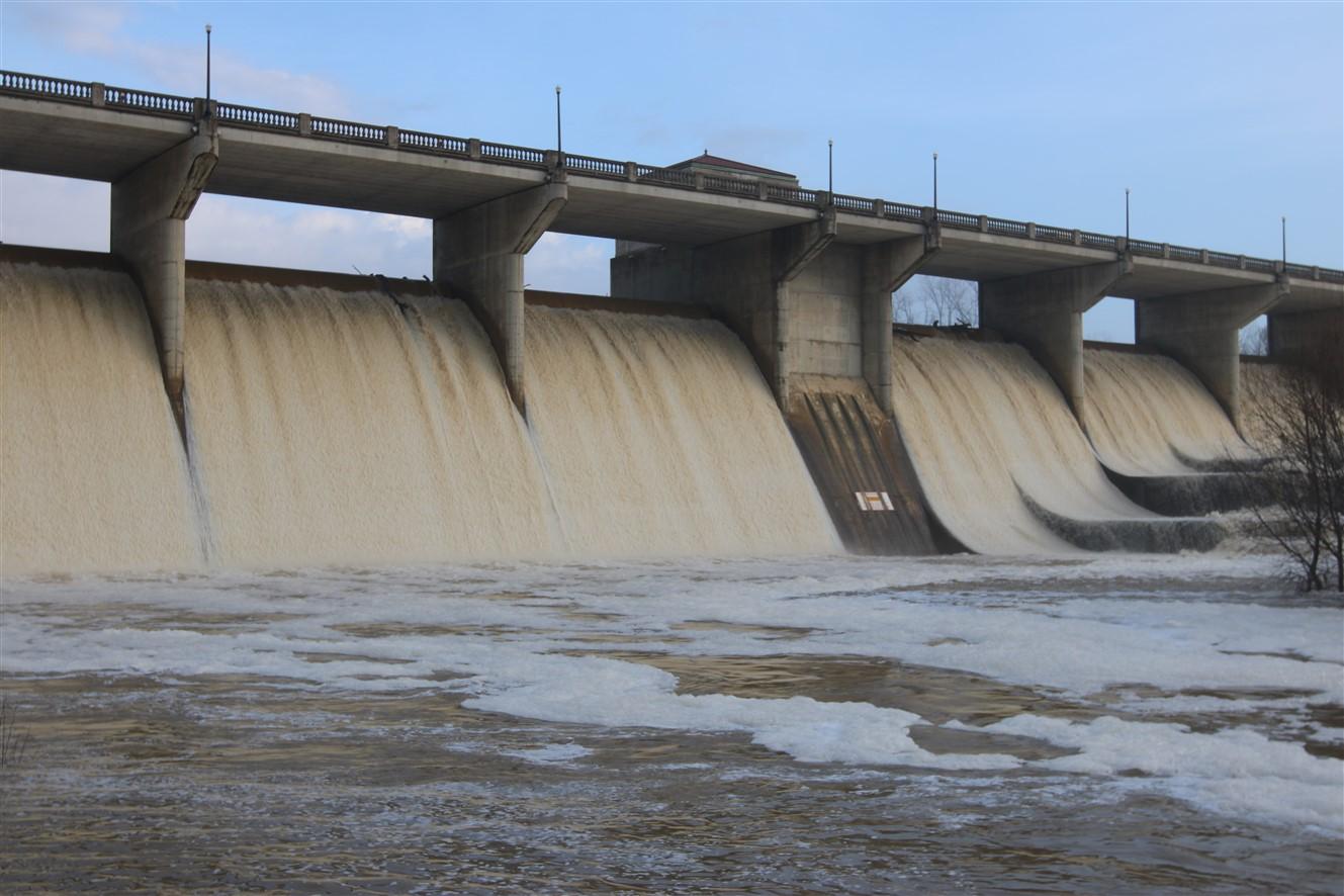2017 01 22 14 Dublin OH O'Shaughnessy Dam.jpg