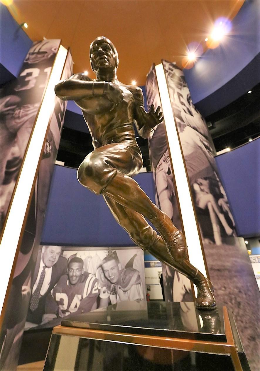 2017 04 01 105 Canton Pro Football Hall of Fame.jpg