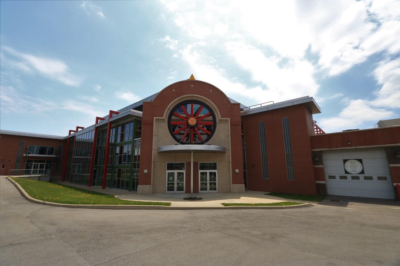 2017 05 13 105 Buffalo Pierce Arrow Museum.jpg