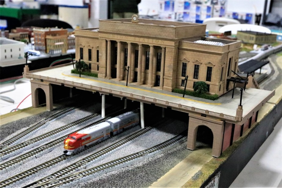 2017 05 21 40 Hilliard OH N Scale Model Trains.jpg