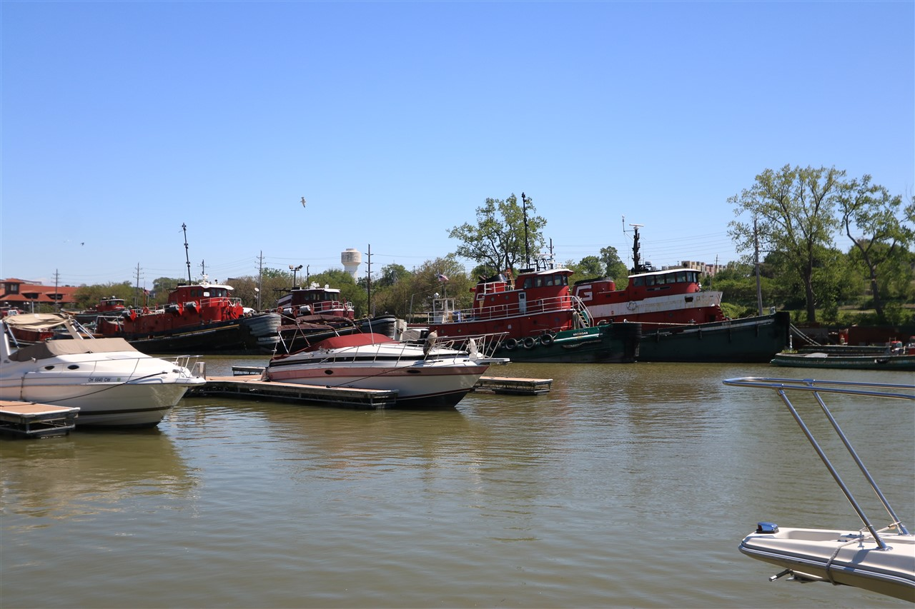 2017 05 27 65 Cleveland Harbor.jpg