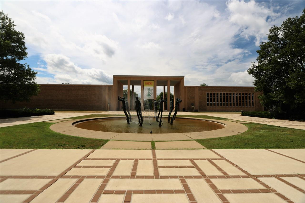 2017 06 18 13 Bloomfield Hills MI Cranbrook Art Museum.jpg