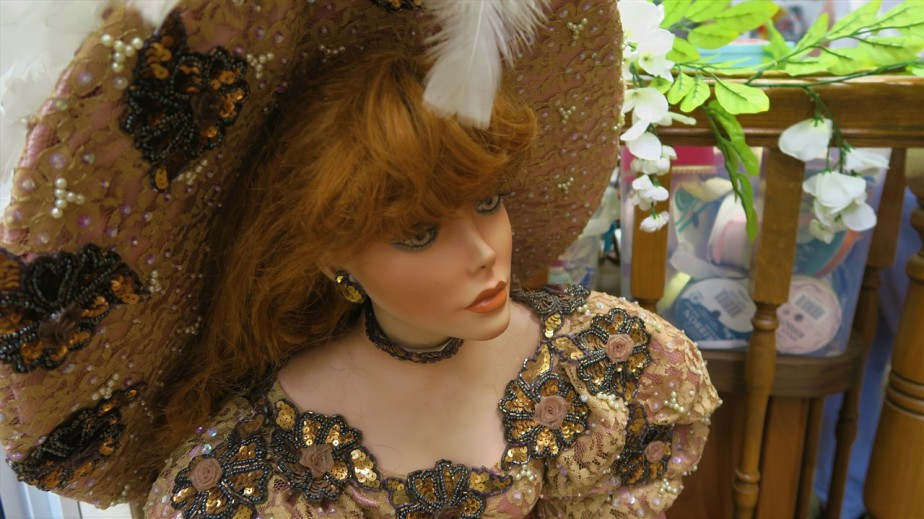 2017 07 08 60 Canal Winchester OH Doll Museum.jpg