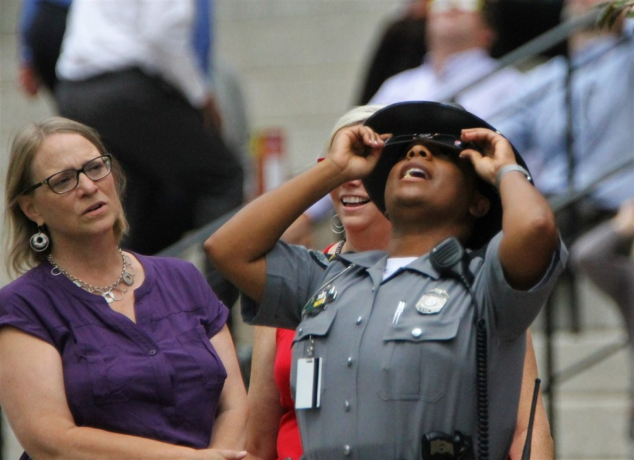 2017 08 21 41 Columbus OH Viewing the Eclipse.jpg