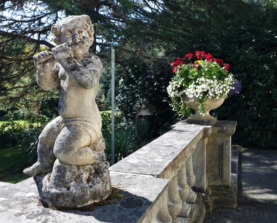2017 09 10 203 Victoria BC Hatley Castle & Gardens.jpg