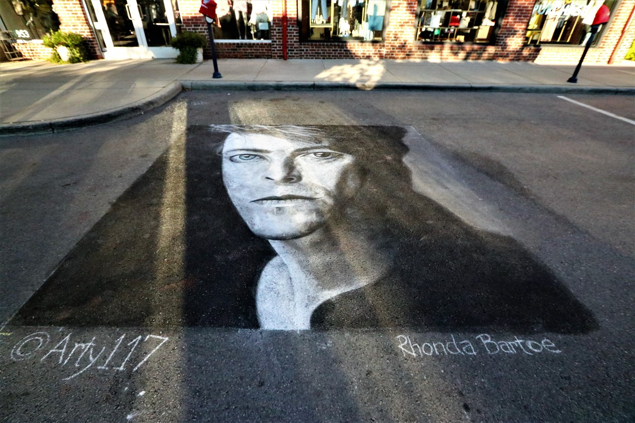 2017 10 01 17 Columbus Easton Chalk Art.jpg