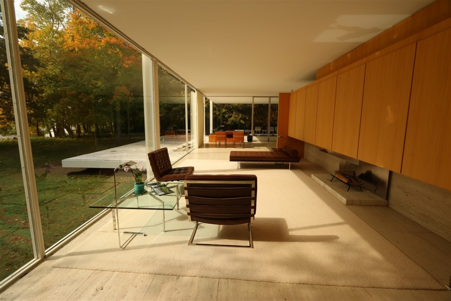 2017 10 13 53 Plano IL Farnsworth House.jpg
