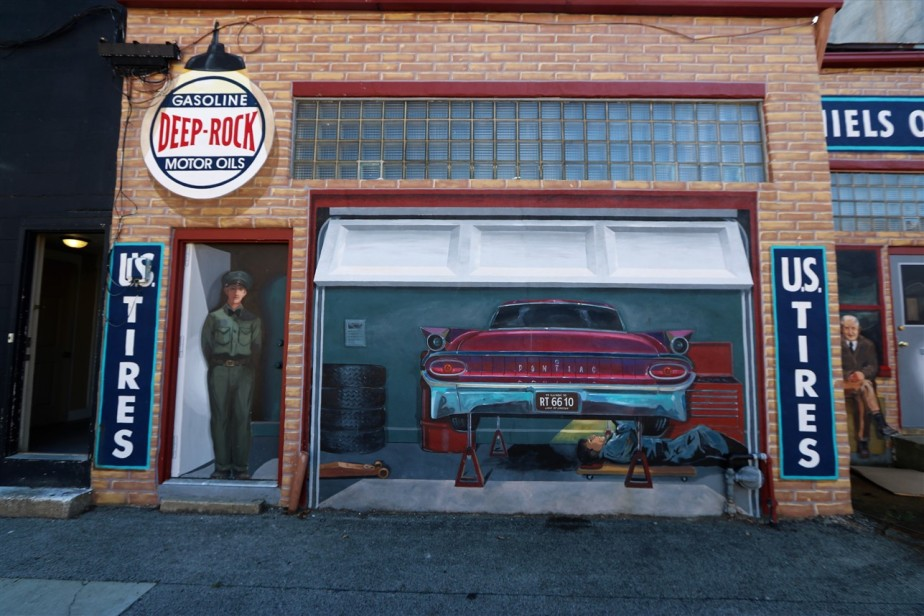 2017 10 16 87 Pontiac IL Route 66.jpg