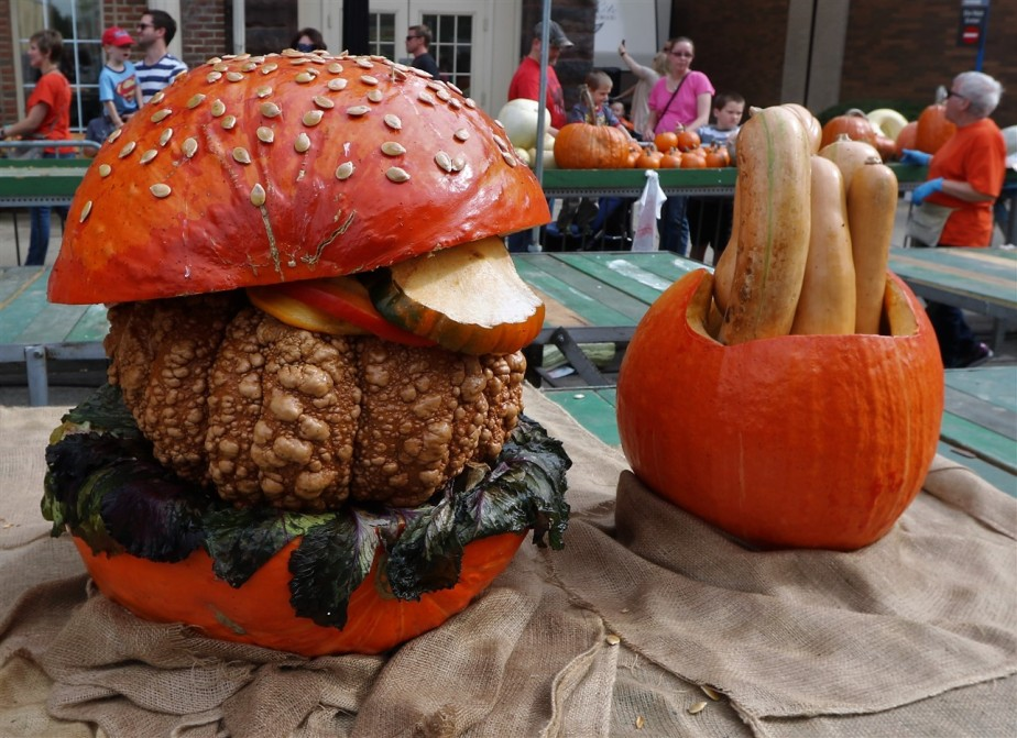 2017 10 21 32 Circleville OH Pumpkin Show.jpg