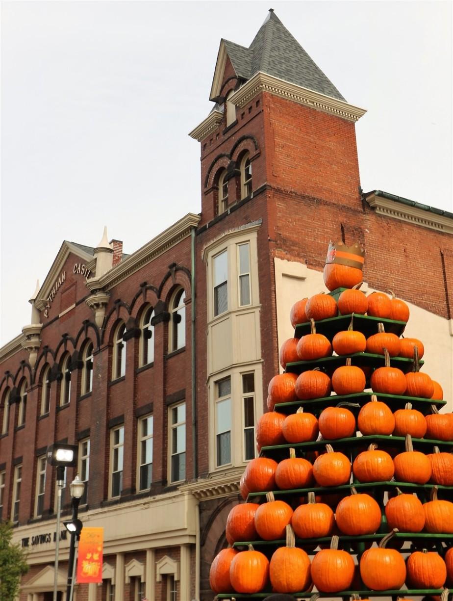 2017 10 21 35 Circleville OH Pumpkin Show.jpg