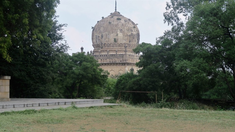2017 11 17 13 Hyderabad Qutb Shahi Tombs.jpg