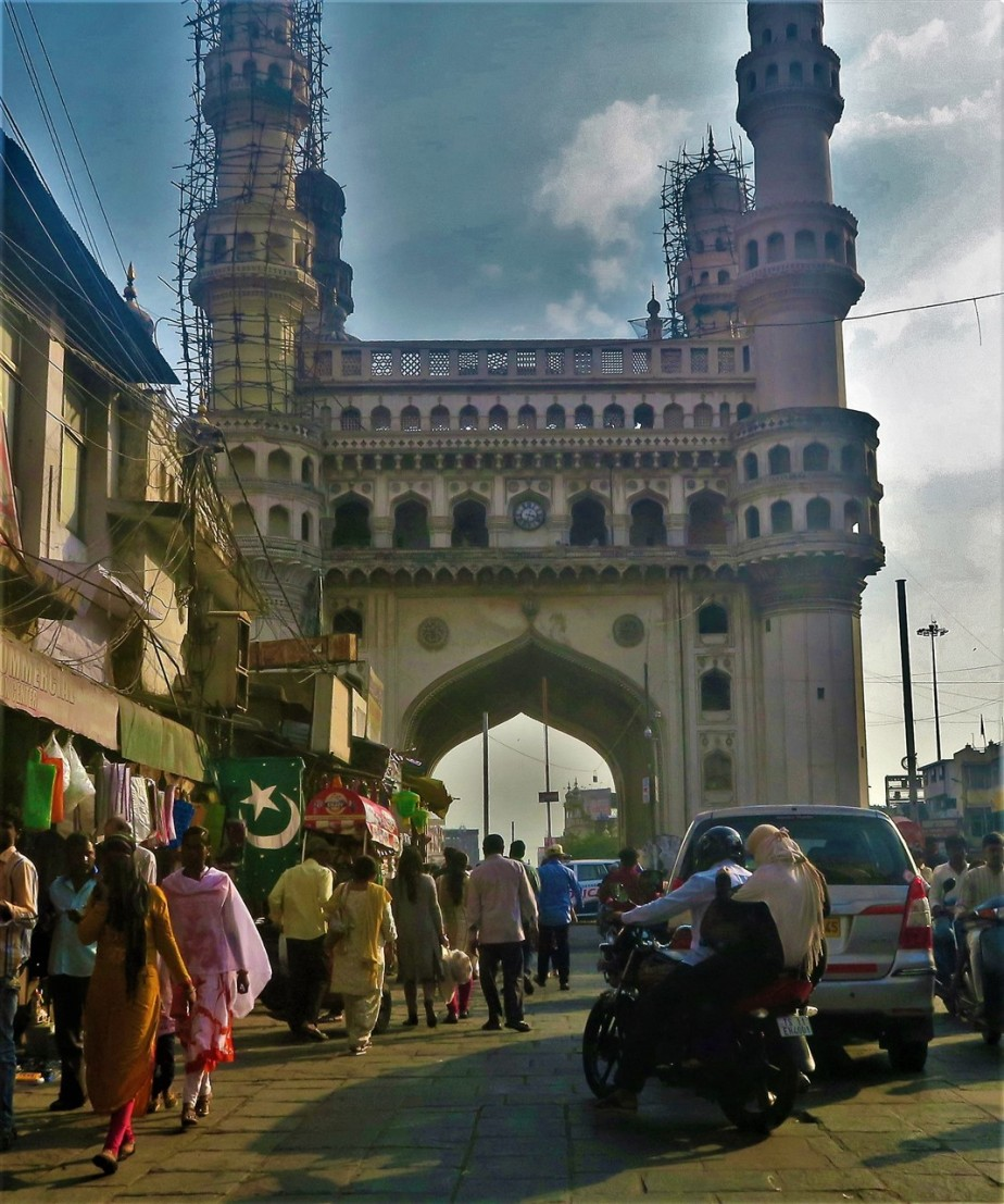 Hyderabad – November 2017 – The Charminar and the Market