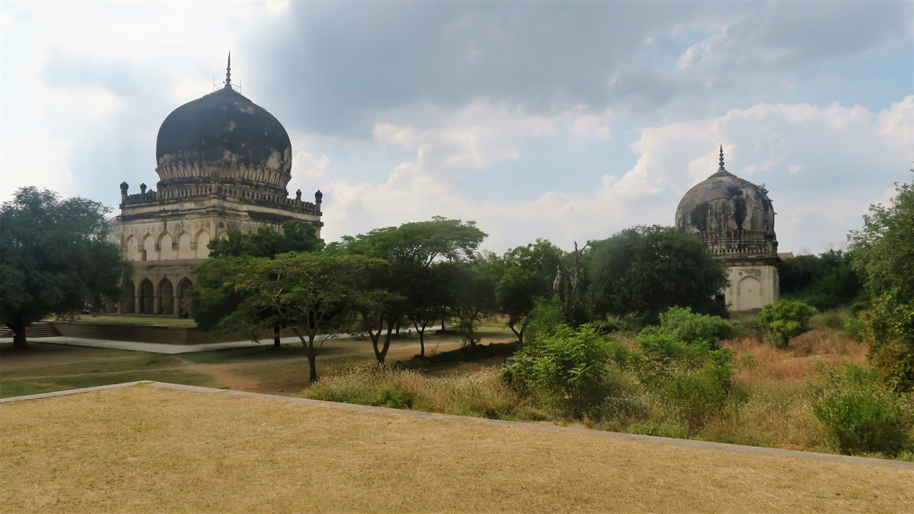2017 11 17 18 Hyderabad Qutb Shahi Tombs.jpg