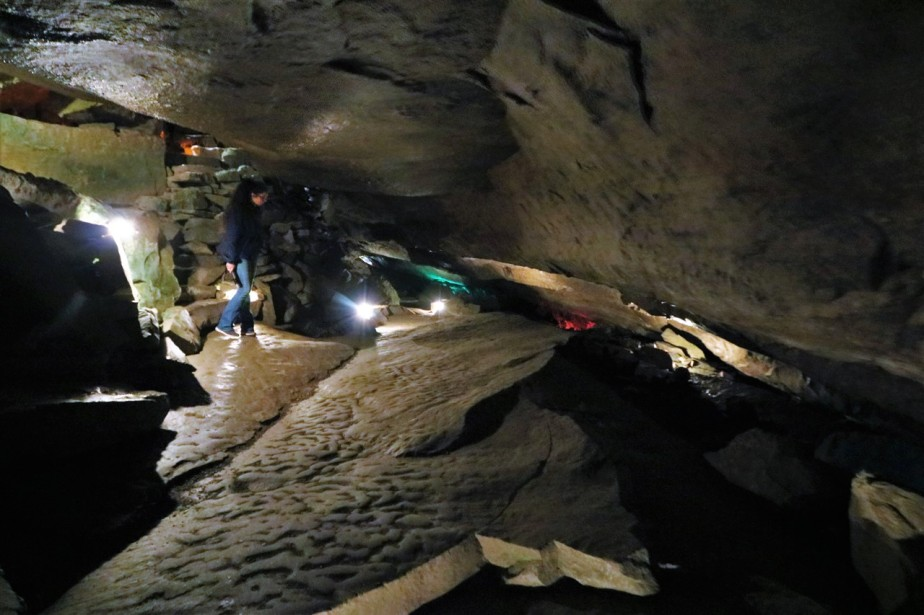 2018 05 19 25 Bellevue OH Seneca Caverns.jpg