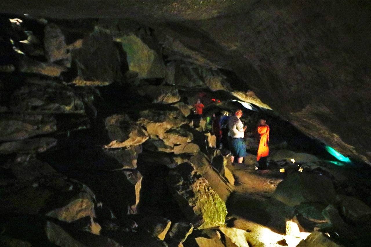 2018 05 19 31 Bellevue OH Seneca Caverns.jpg