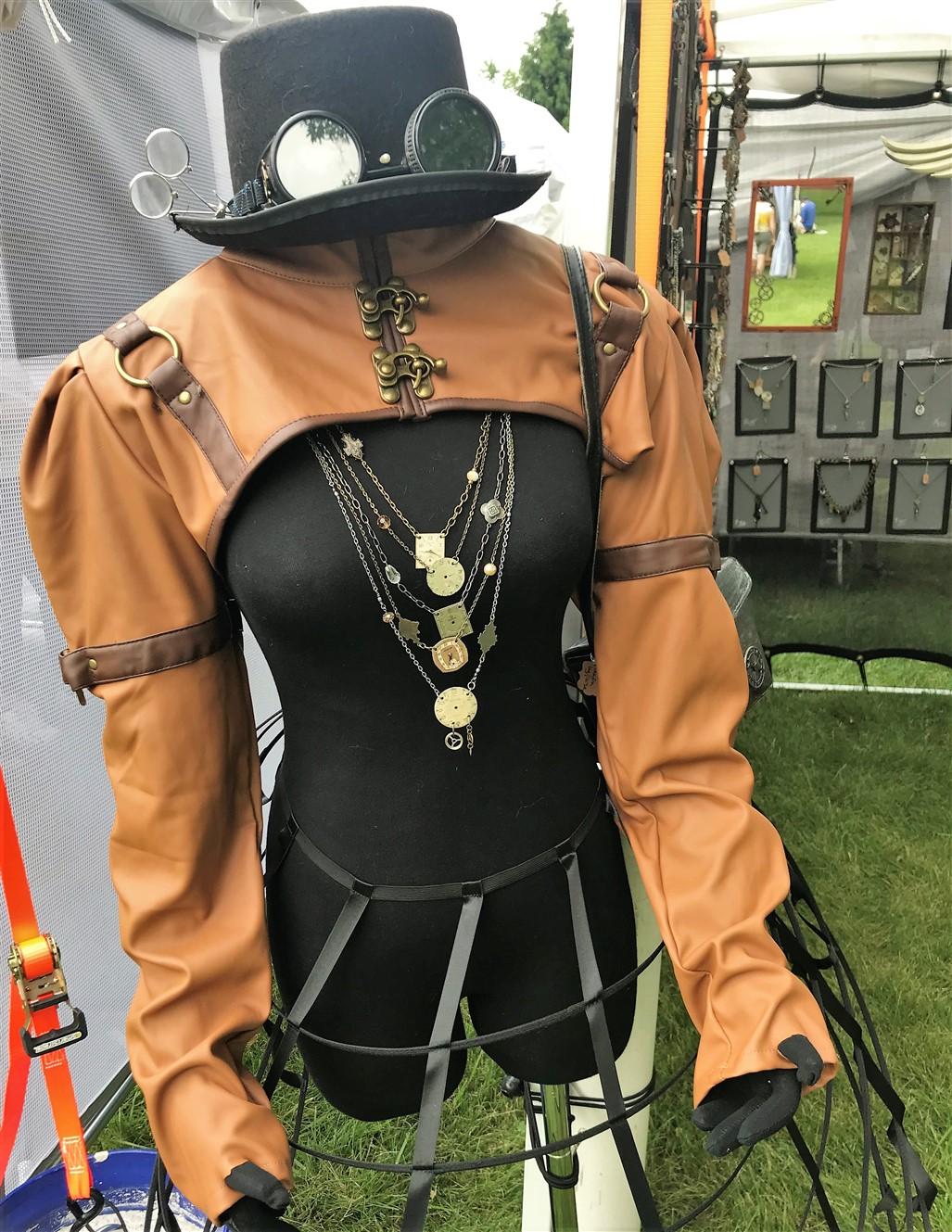 2018 06 16 15 Worthington OH Arts Festival.jpg