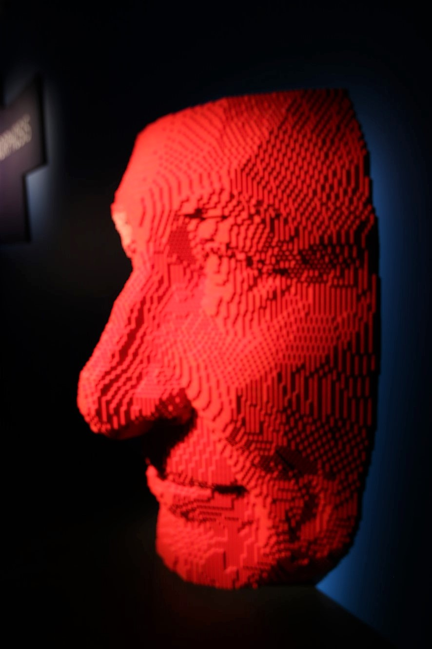 2018 07 08 125 Pittsburgh Carnegie Science Center Art of the Brick.jpg