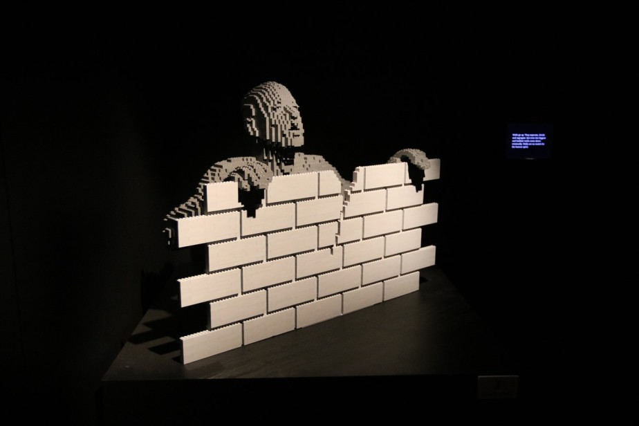 2018 07 08 139 Pittsburgh Carnegie Science Center Art of the Brick.jpg