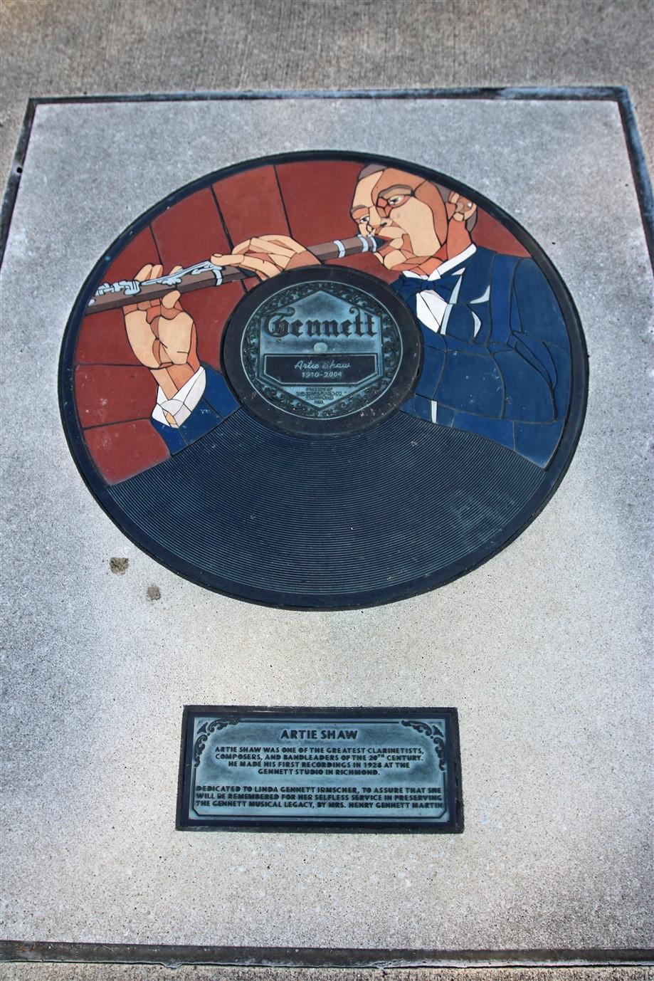 2018 07 17 441  Richmond IN Gennett Records Walk of Fame.jpg