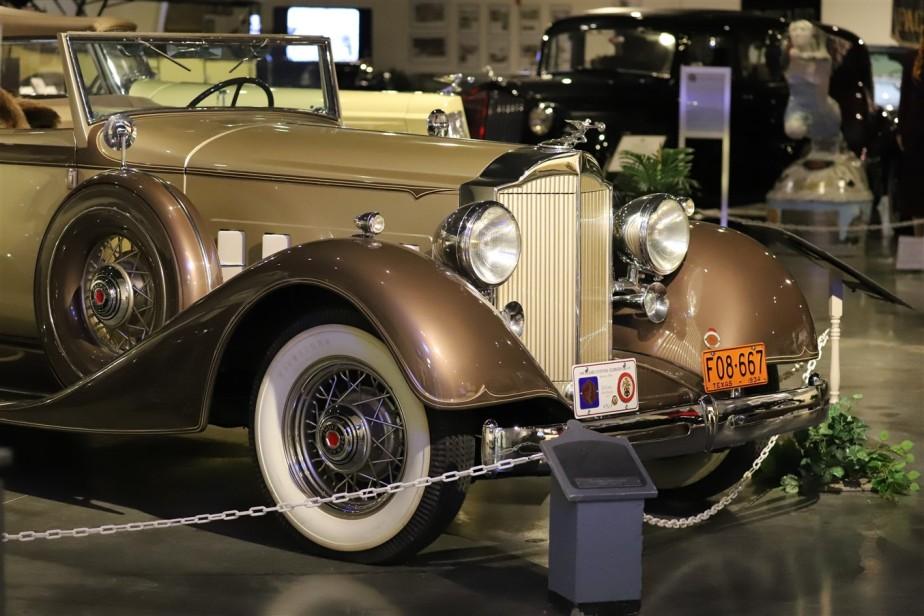 2018 08 05 250 Warren OH Packard Museum.jpg