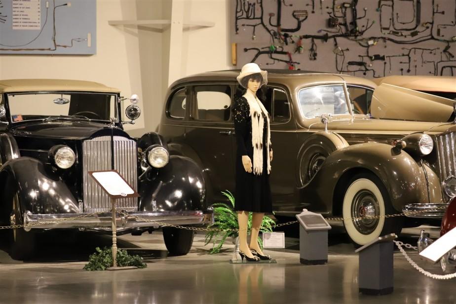 2018 08 05 262 Warren OH Packard Museum.jpg