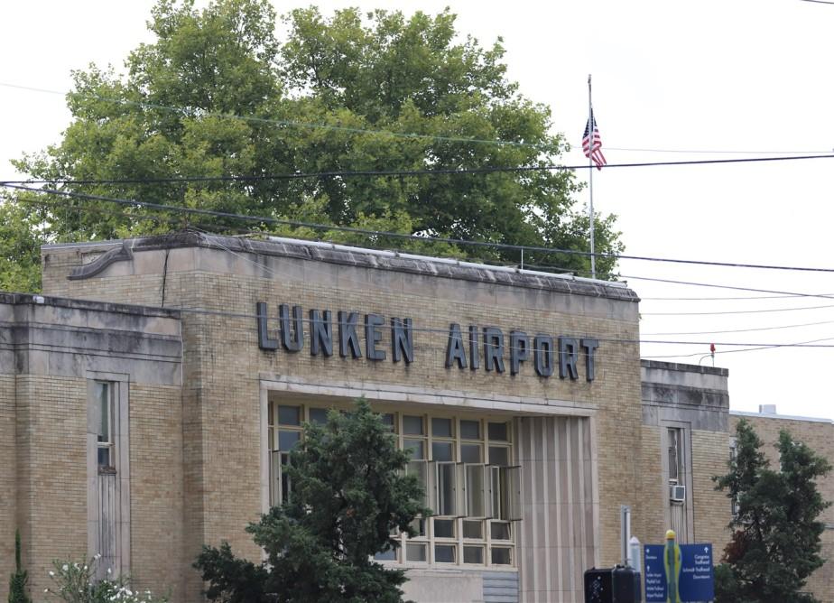 2018 08 11 1 Cincinnati Lunken Airport 1940s Day.jpg