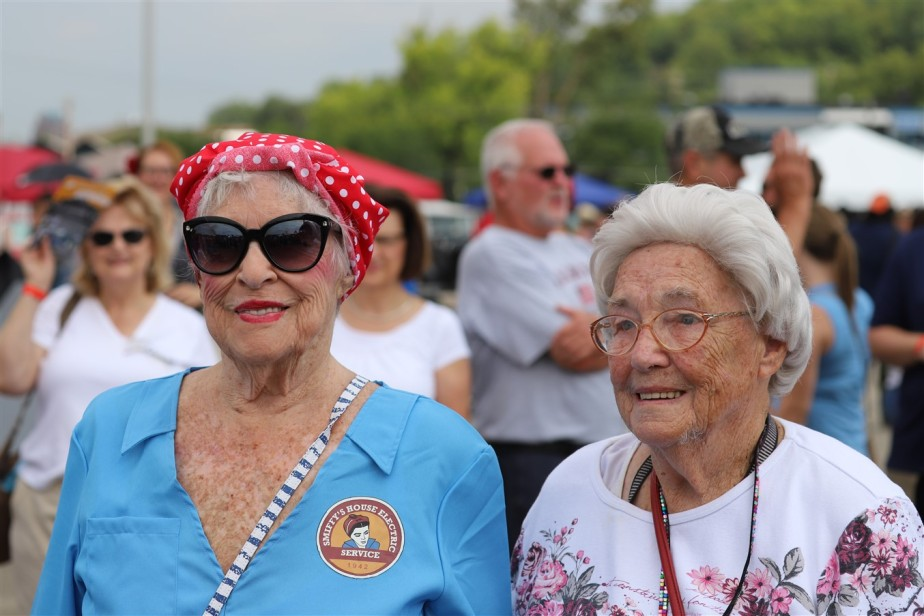2018 08 11 43 Cincinnati Lunken Airport 1940s Day.jpg