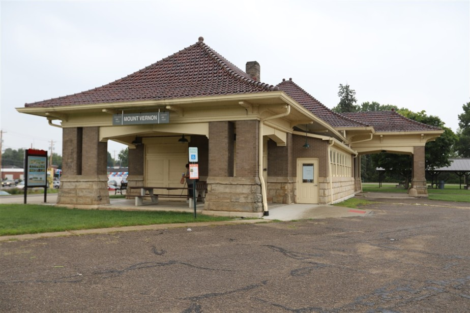 2018 08 25 183 Mt Vernon OH Depots.jpg