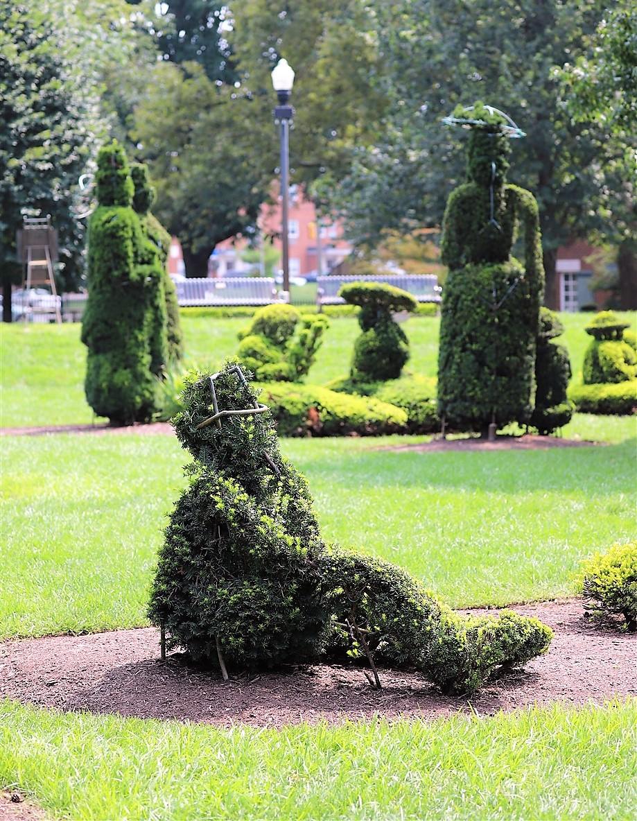 2018 08 26 116 Columbus Topiary Park.jpg