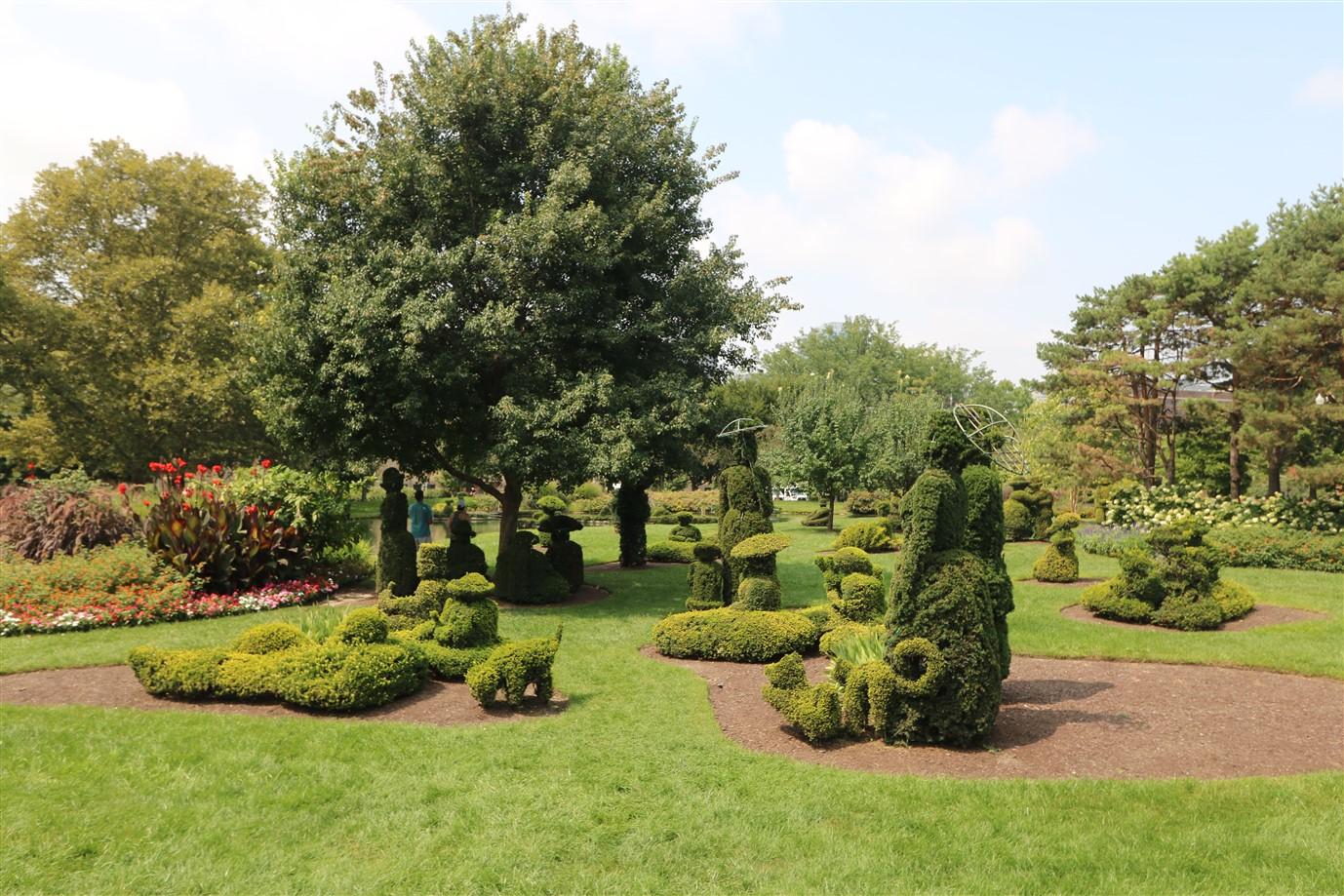 2018 08 26 81 Columbus Topiary Park.jpg