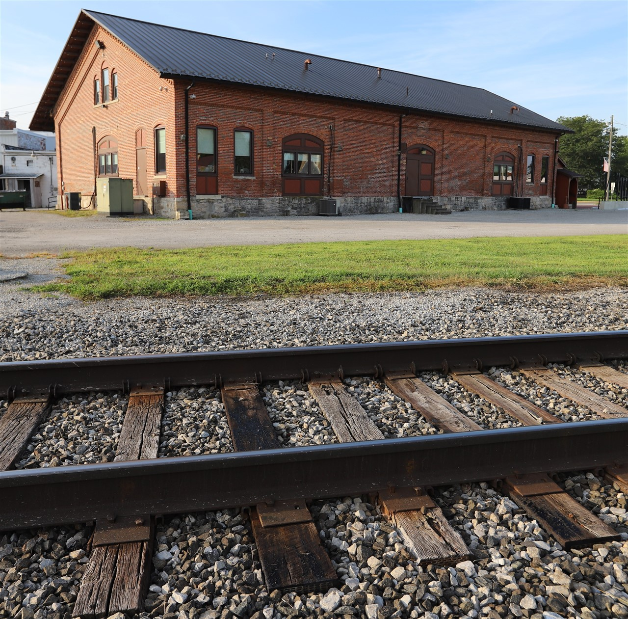 2018 08 31 4 Forest OH Train Depot.jpg