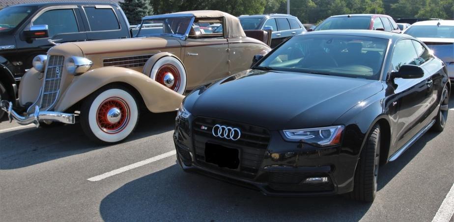2018 08 31 52 Auburn IN Car Show_LI.jpg