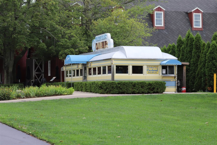 2018 09 03 52 Hickory Corners MI Gilmore Car Museum.jpg