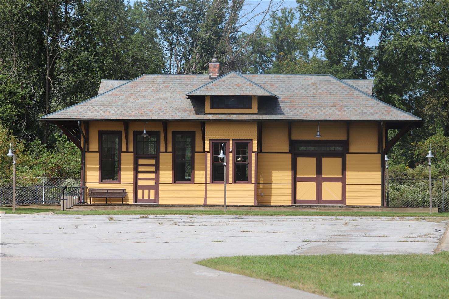 2018 09 16 469 Outville OH Train Depot.jpg