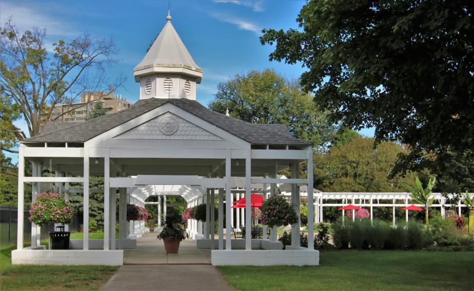 2018 09 16 70 Columbus Franklin Park Conservatory.jpg