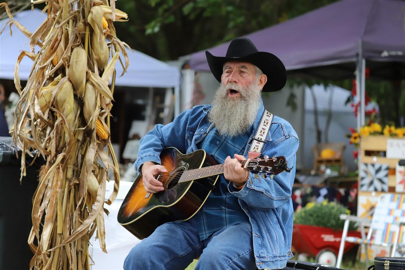2018 09 22 359 Marysville OH Bluegrass Festival.jpg