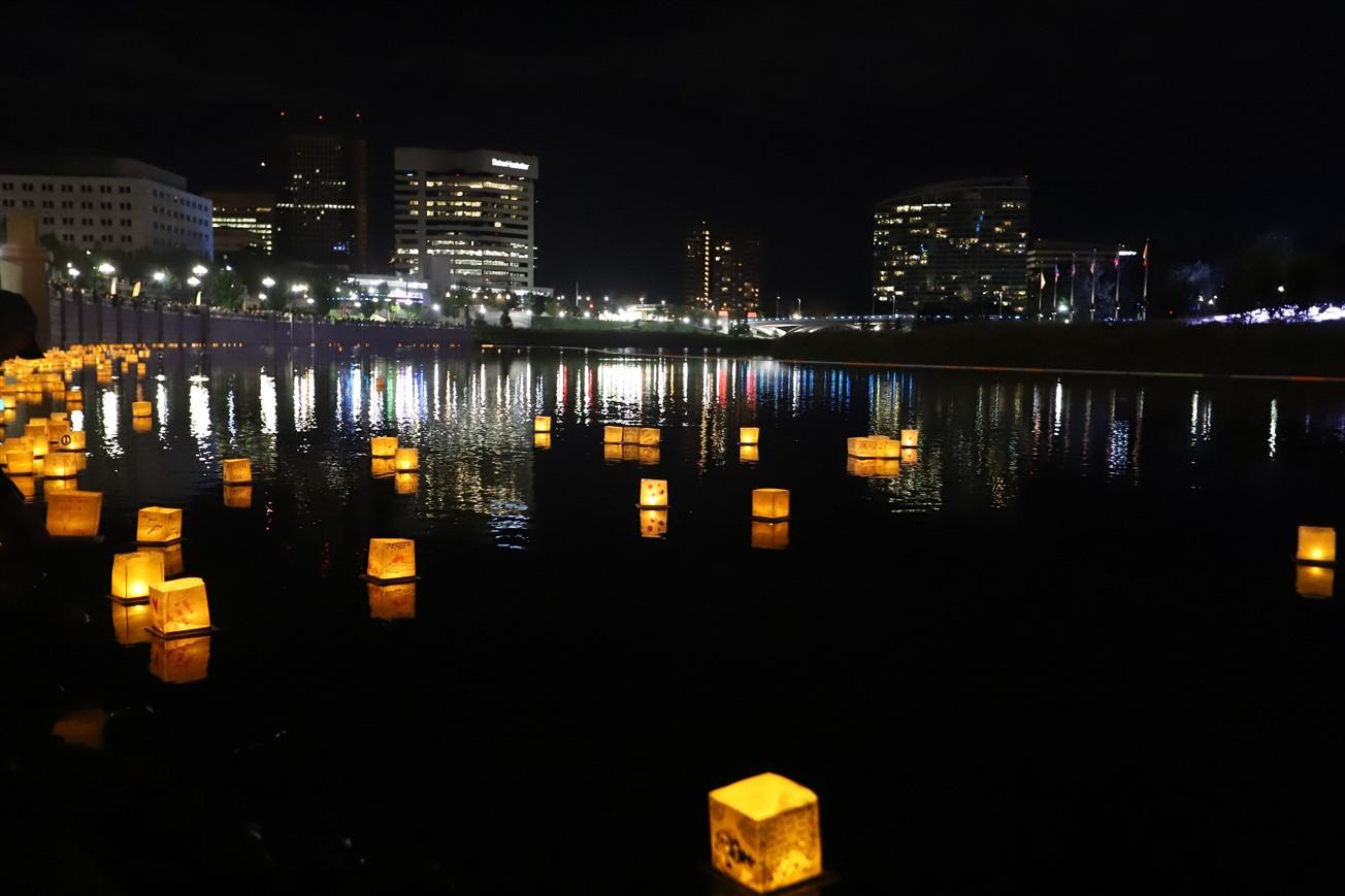 2018 09 29 248 Columbus Water Lantern Festival.jpg
