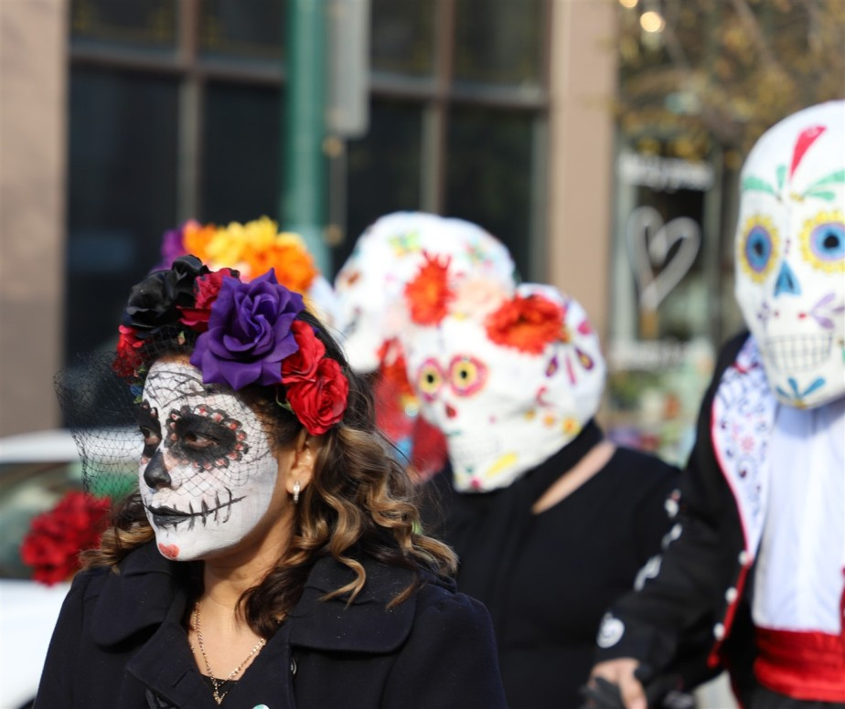 2018 11 03 216 Cleveland Day of the Dead Parade.jpg