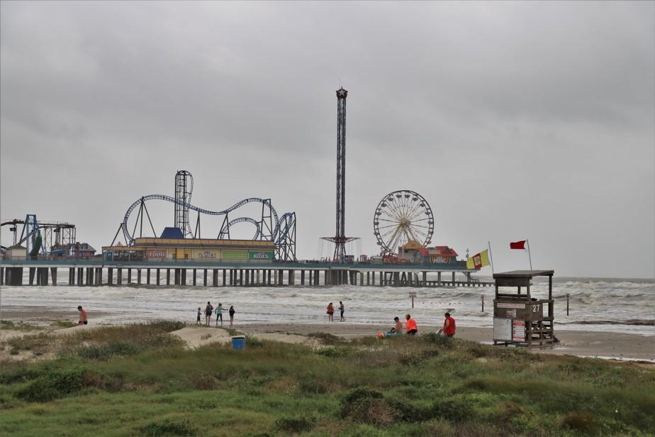 Galveston, Texas – May 2019 – Beach and Bay – RDZ Photography