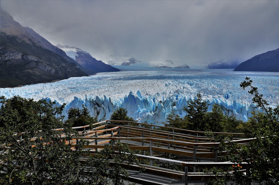 Los Glaciares National Park, Argentina – January 2020 – Walkway to Glacier Heaven