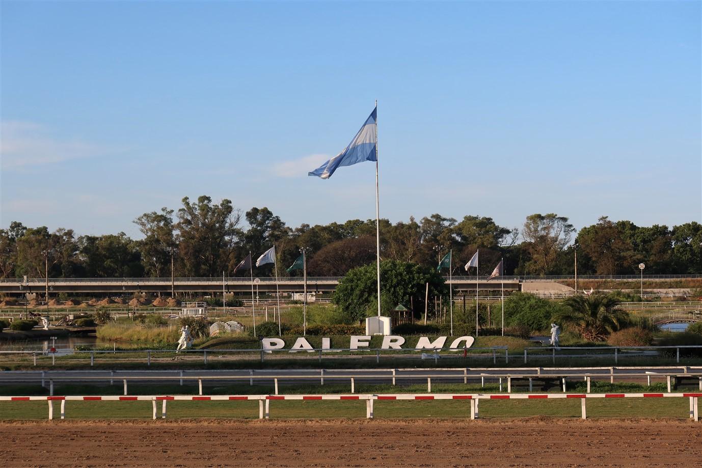 2020 03 07 312 Buenos Aires Hippodromo Palermo.jpg